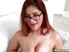 Peter Green Bangs Selena Kyle And Feeds With Cum 3