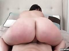 Big Bottomed Slutie Enjoys Good Hard Fucking 3