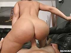 big-ass Mom Sex