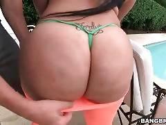 Caramel Hottie Destiny Owns Huge Booty 1