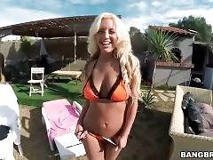 Enjoy The View Of Blondie Fesser`s Big Tits And Ass 3