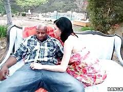 Hot Veronica Avluv Fleshes All Her Charms 3